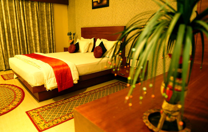 Dewas India  city pictures gallery : WELCOME TO HOTEL SHRI KHEDAPATI INTERNATIONAL DEWAS, INDIA !